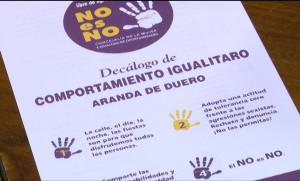 Uno de los folletos contra agresiones sexistas que se van a repartir