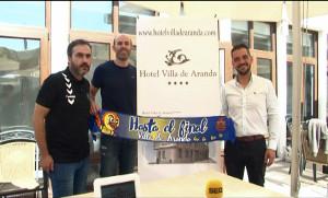 Presentación de Óscar Río en la terraza del hotel Villa de Aranda