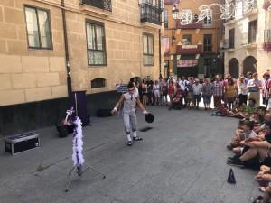 Actuación de artistas callejeros Fiestas de Aranda