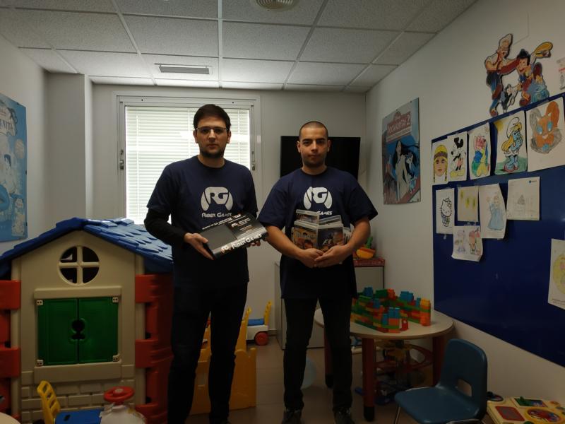 Riber Games dona una consola al hospital Santos Reyes