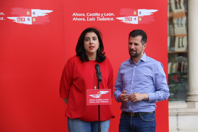 Luis Tudanca y Mar Alcalde en acto de campaña autonómicas 2019